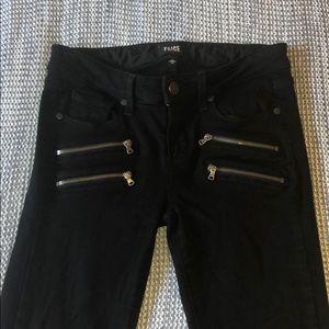 Skinny jeans w/ zippers